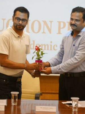 Rohit Ghosh, CEO and Cofounder, Skilledge getting recognized for the skilling contribution