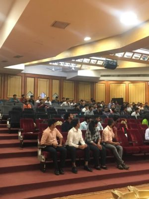 Talking to BBA students at DY Patil college PUNE by Rohit Ghosh, CEO and Cofounder, Skilledge